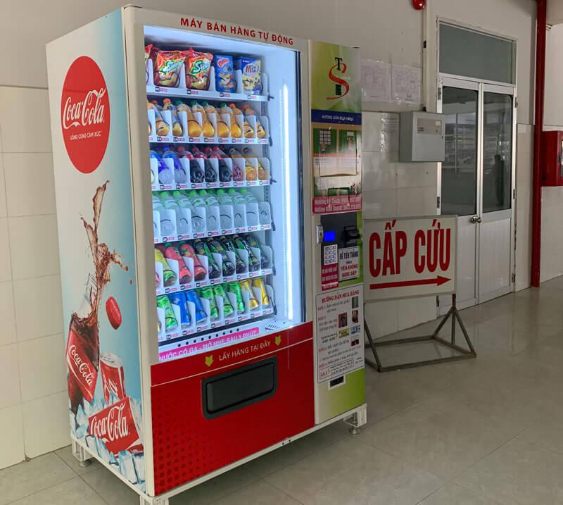 máy bán hàng tự động phục vụ bệnh nhân tại bệnh viện bạc liêu