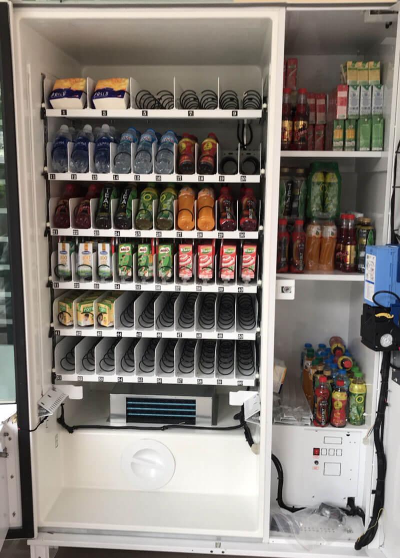 Máy bán nước tự động lắp ở trường học bình dương