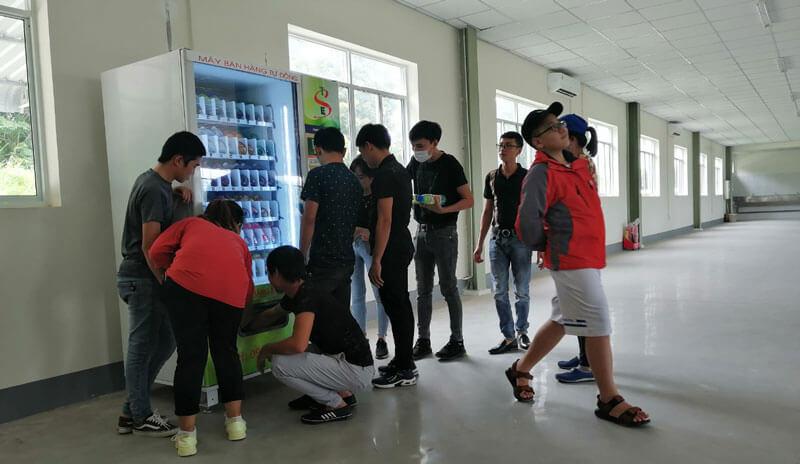 Nhung noi dat may ban hang tu dong tot ⭐⭐⭐⭐⭐ Nhà cung cấp máy Bán Hàng Tự Động, TSE Máy bán nước tự động Số 1