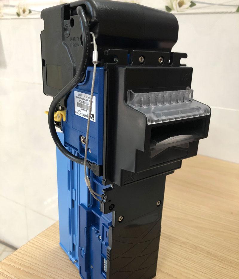 u nhan tien BRV ⭐⭐⭐⭐⭐ Nhà cung cấp máy Bán Hàng Tự Động, TSE Máy bán nước tự động Số 1
