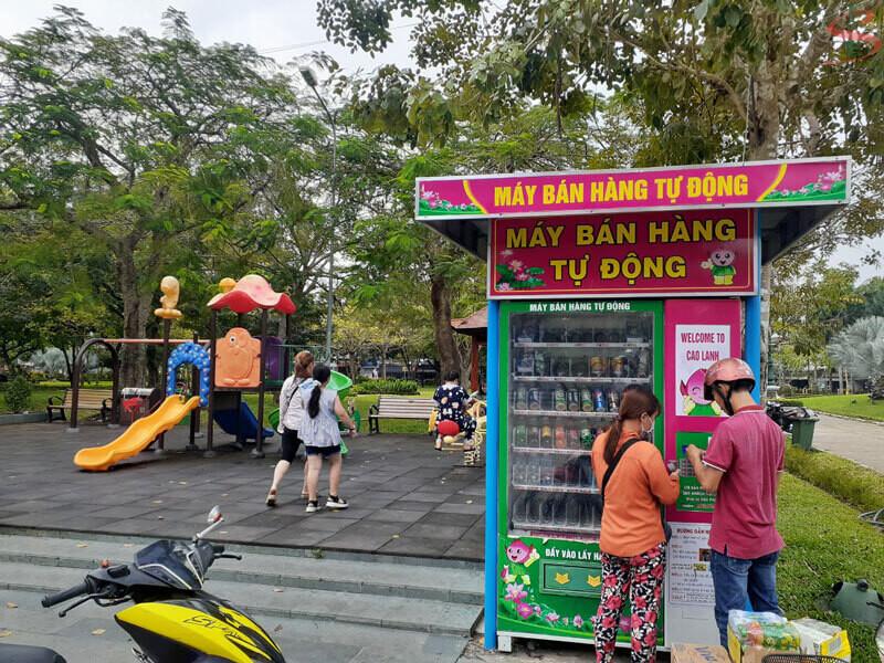 Kinh doanh máy bán nước tự động tại Công viên