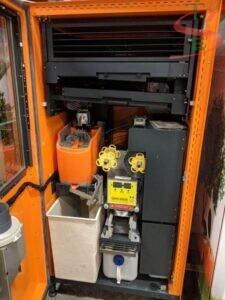 Máy bán nước cam giúp tiết kiệm diện tích