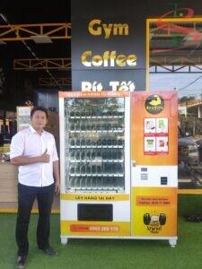 Máy bán hàng tự động dần trở nên phổ biến ở mọi nơi.