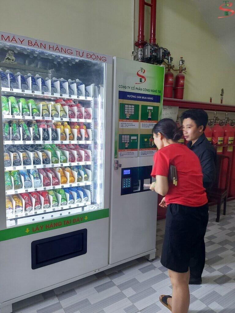 Tiết Lộ 8 điểm đặt máy bán hàng tự động hái ra tiền